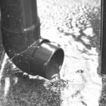 雨どいの修理費用相場と自分で修理する方法