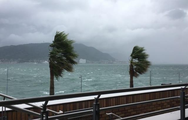 台風被害は保険で補償される?請求は?