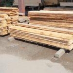木材は「乾燥」が重要!DIYに使う無垢材を乾燥させる方法やホームセンターで木材を選ぶポイントを解説