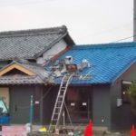 屋根葺き替えと屋根カバー工法はどっちを選べば良いの?工事内容の違いや適切な選び方を解説