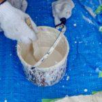 外壁の塗装剥がれはDIYで補修or業者に依頼?判断のポイントと具体的な補修方法を解説